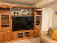 Three Section Entertainment Center Bensville, 20603