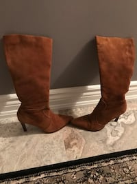 Cathy Jean leather heeled boots size 9 Oakville, L6H 1Y4