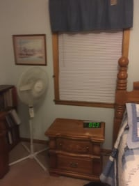 Vaughan Bassett Cannonball Queen Bedroom Suite - NO PAYPAL!!! - $1200 Nashville