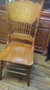 WOODEN DINING CHAIRS SOLID Toronto, M1T 1P2