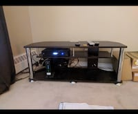 Tv stand (Free delivery) Calgary, T3E 6X1