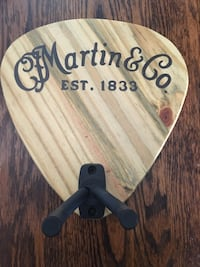 "Guitar ""pick"" hanger"