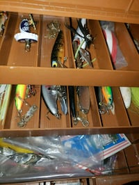 Tackle box w/lures Silver Spring, 20910