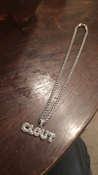 silver-colored chain necklace with pendant Winnipeg, R2Y 1L2