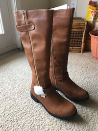 Brand new, never been worn horse back riding boots women's size 9 Panama City Beach, 32413