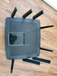 Linksys ae9500 wireless router for parts Los Angeles, 91605