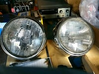 Head lamps, maybe land rover.