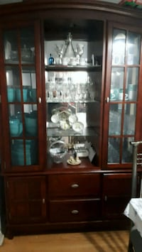 Cherry wall unit glass display cabinet Brampton, L6T 1V3