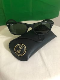 Ray Ban sunglasses in excellent condition   Irvington, 36544