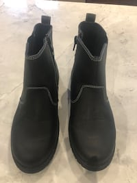 Children ankle booties: size 3
