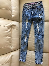 Worn twice BH JEANS/JEGGING high waist-taille haute Laval, H7N 5K2