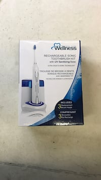 Rechargeable sonic toothbrush kit with sanitizing base Toronto, M6E 1B9
