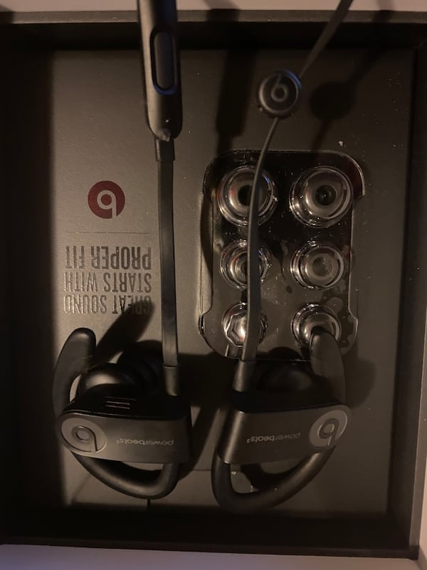 Powerbeats3 0