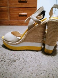 Elle sexy 5 inch wedges