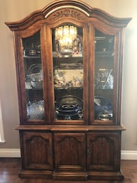 Beautiful China Cabinet with a light. (Items in Cabinet are not included lol)   Richmond, V7E 1C6