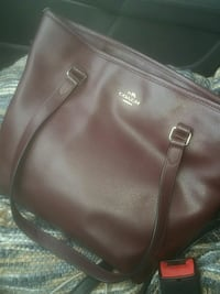 brown leather 2-way handbag Concord, 03301