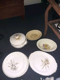 Dinner set-plates serving plates and bowls