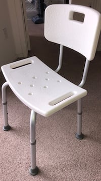 white and gray rolling chair Alhambra, 91801