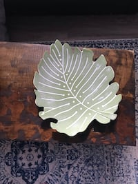 White and green ceramic plate Edmonton, T5P 4P4