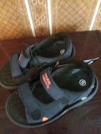 Child's sandals w/lazer lites. Sz 11 Shelby Charter Township, 48315