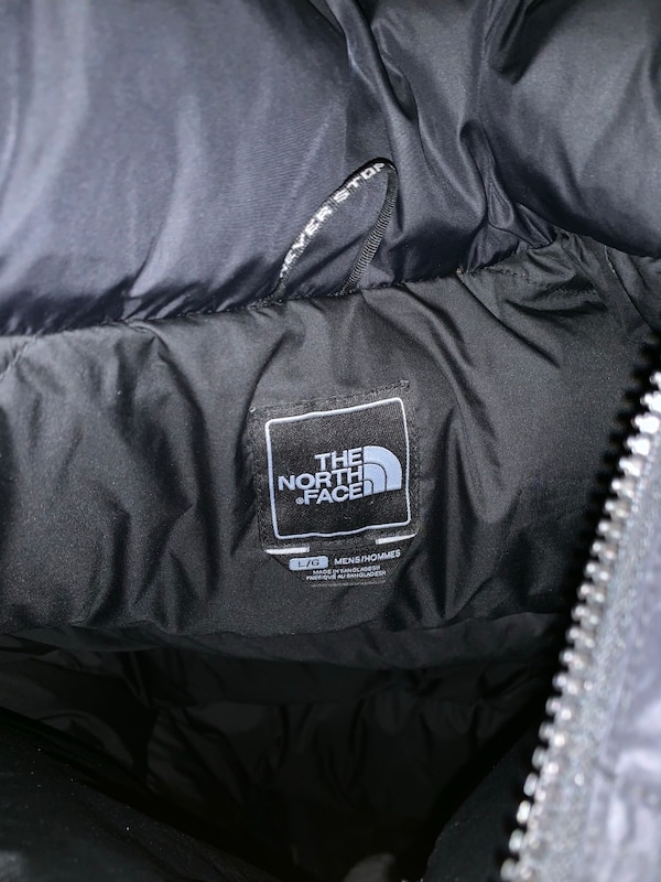North Face 700 Puffer Mens Large 3c94c910-83b0-4ce1-9082-d457265104a9
