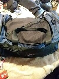 Large duffle bag  Warr Acres, 73122