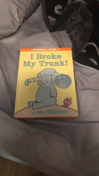 I Broke My Trunk by Mo Willems book