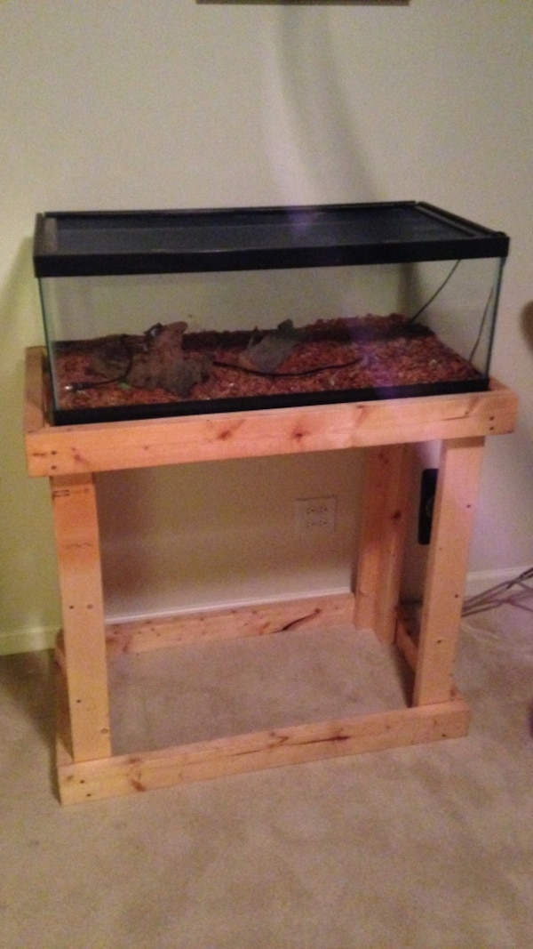 Used 30 Gallon Glass Terrarium With Stand For Sale In Columbus Letgo
