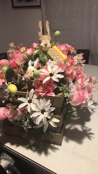white and pink flowers centerpiece Connellsville, 15425