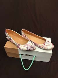 Women's casual floral shoes Toronto, M6N 3W7
