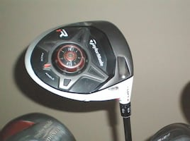 TaylorMade R1 Driver Aldila RIP Phenom RH Adjustable Degrees