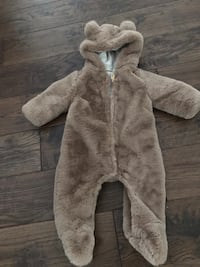 Zara Brand New Faux Fur Outdoor Coat One Piece Mississauga, L5G 1C8