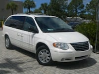 2005 - Chrysler - Town and Country Washington