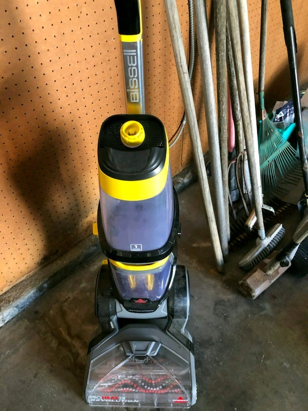 Used bissell carpet cleaner proheat 2x