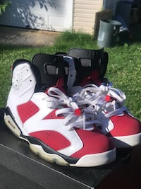 Red-and-white air jordan 6 shoes Seat Pleasant, 20743