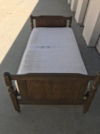 Twin bed with mattress Long Beach, 90808