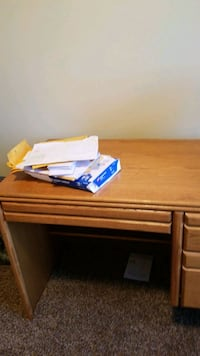 Desk West Des Moines, 50266