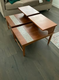 Pair of Mid-Century Modern End Tables