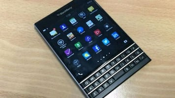 Good condition unlocked blackberry passport Q30