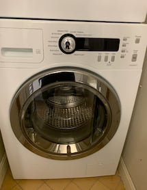 Washer - GE Compact 2.2 cu ft.