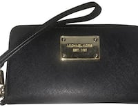 Michael Kors Black Zip Saffiano Leather Wallet Delta, V4C 4G1