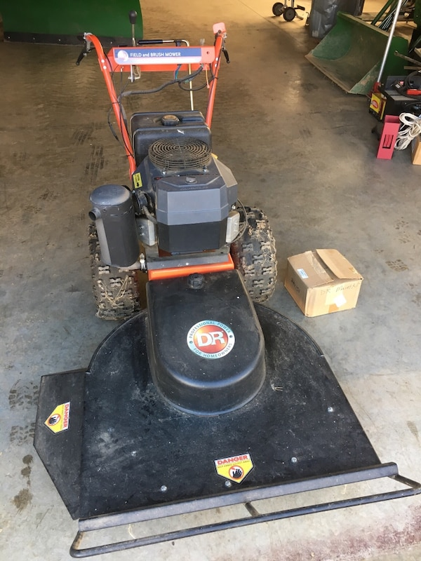 DR field and brush mower 0cc7fc97-8686-4e70-886c-7b295455f1d2