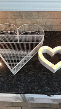 Two heart wall hangings ( one lights up ) Houston, 77069