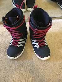 32 boots good condition allow wear them for one season size 11 Valley Center, 92082