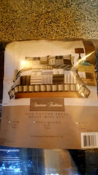 Queen size bedspread with two pillow shams Winchester, 22601