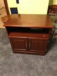 Tv stand  Hagerstown, 21742