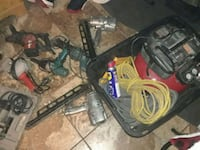 AIR COMPRESSOR WITH A BUNCH OF DIFFERENT TOOLS Stockton, 95205