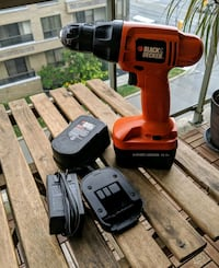 Black & Decker 14.4v Drill with Extra Battery Toronto, M3H 2S8