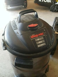 black and gray wet and dry vacuum cleaner Ottawa, K4A 4G4