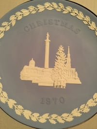 Wedgwood Collection Christmas Plate Kitchener, N2H 2H8